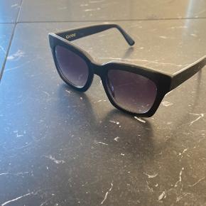 Sælger min smukke ganni solbriller, da jeg aldrig får dem brugt. De er brugt få gange.