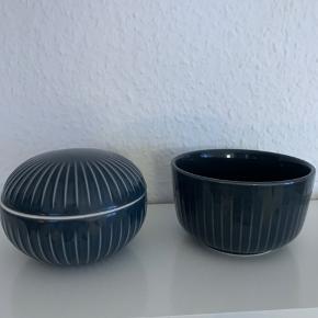 Hammershøi skål og krukke med låg. Nypris for begge 450. Mp 250. Bytter ikke:)