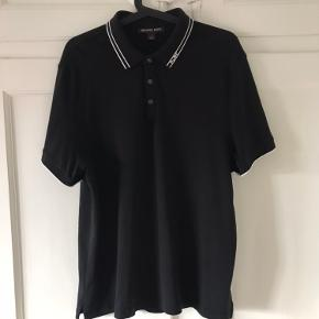 Michael Kors polo i super condition uden flaws