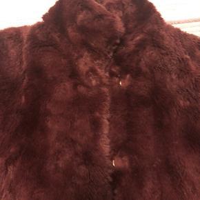 XSGoes for S. Short comfortable lightweight fake fur jacket