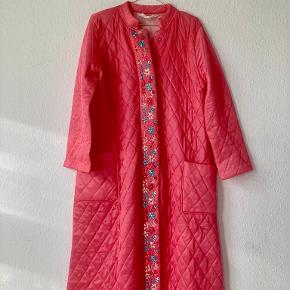 Rosy Vintage frakke