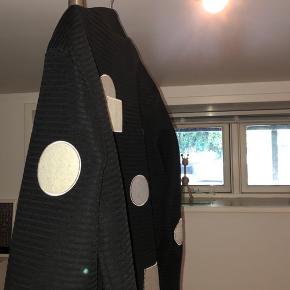 HAN KJØBENHAVN Bomber jakke  Limited fra AW17 Nypris 1800 kr.   BYD - sælges hurtigt billigt, da jeg normalt er i Spanien