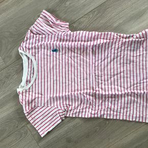 Ralph lauren T-shirt i hvid og lyserød med logo, brugt få gange
