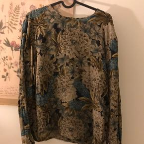 Vintage blouse, 100% silk
