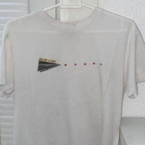 Ganni t-shirt Kun brugt 1 gang Pris er til forhandling