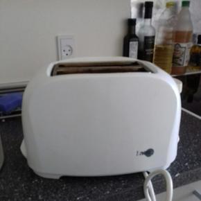 Gammel toaster. Den virker helt fint