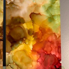 Unika maling/ forskellige medier på 2 stk A4 papir. 100 kr/stk. Lavet af mig selv, By Camilla West Video kan sendes så man bedre kan danne sig et indtryk af form og farver.  Tager også imod bestillinger hvis særlige farver ønskes👍🏻 Maleri plakat