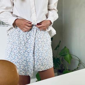 Aiayu nederdel