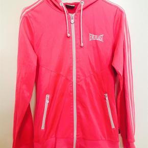 Varetype: Hoodie hættetrøje lynlås Farve: Pink Oprindelig købspris: 400 kr. Prisen angivet er inklusiv forsendelse.  Meget fin stand!