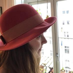 skøn lyserød vintage hat fra Riga