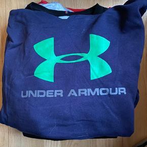 Under Armour hættetrøje
