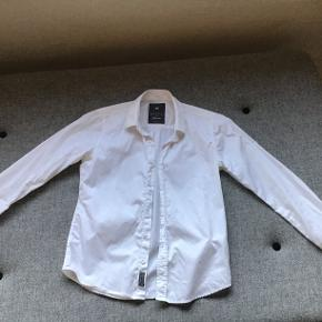 Hvid skjorte fra Nifty size 10.