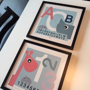 2 Done By Deer billeder inkl. ramme. 100 kr. for begge.