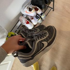 Sælger mine super fede Nike air zoom spiridon ⚡️⚡️
