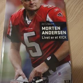 Morten Andersen bog. Med autograf indeni fra Morten og også Jimmy Bøjgaard. Kom med bud!