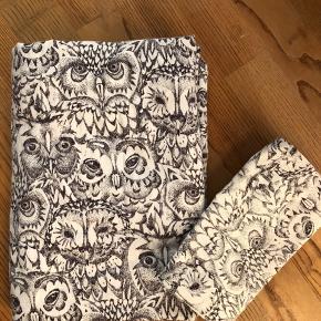 Soft Gallery junior sengetøj Brugt 3-4 gange ca - pude betræk ikke brugt, kun vasket.  Der er en lille farveforskel - kommet pga af vask.  Fast pris Bytter ikke