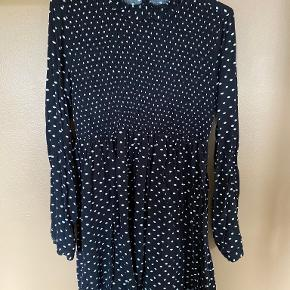 WithBlack kjole