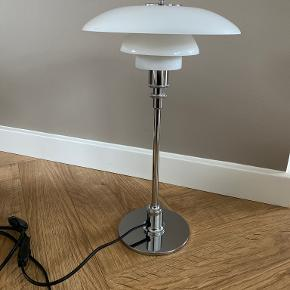 Louis Poulsen bordlampe