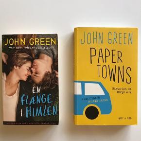 Sælger Paper Towns med original forside af John Green og En Flænge I Himlen med filmforside af Johan Green 💛