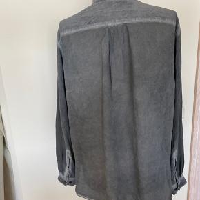 100% silke skjorte fra &other stories
