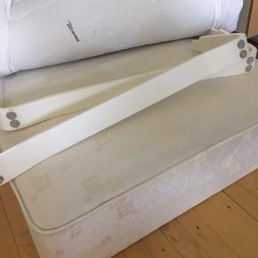 Boxmadras incl meder og topmadras - 90 x 200, afhentes i Rødovre