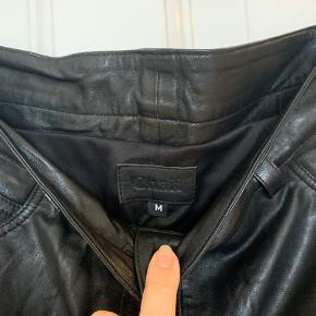 Sorte læder shorts