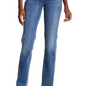 #30dayssellout Levi's jeans - 714 straight - str. 26/32 Brugt få gange - materiale: 87% cotton, 12% polyester, 1% elastane - NYPRIS 1165 kr