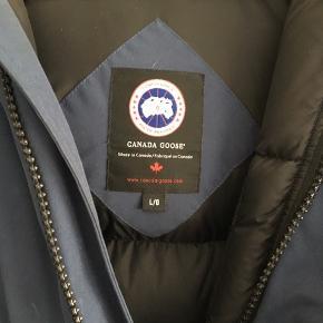 Sælger denne lækre jakke Np - 2500  Mp - 1900 Køb nu - 2100