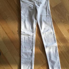 Abercrombie & Fitch tøj til piger