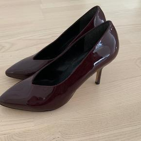 Smukke sko brugt få gange indenfor 🌸 Kom med et bud.   Stiletter / Pumps / Laksko