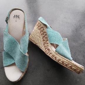 Jeanne Living heels
