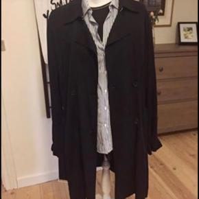 Super flot og lækker trenchcoat fra Inwear str 44, aldrig brugt 400kr
