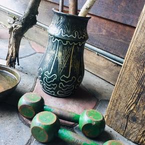 Keramik vase vandtæt   Kolding midtby   1 til mølle pga flytning   Prisen er fast