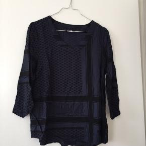 Smukkeste bluse fra Saint tropez, bruges desværre bare ikke nok 💕