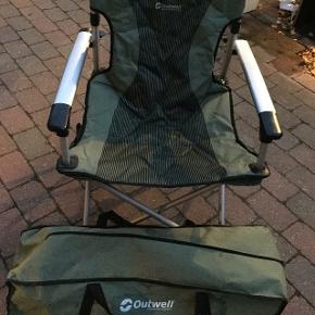 2 stole i seperat taske i fin stand samlet pris har mobilpay