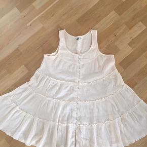 Så fin kjole let og luftig Jeg bytter ikke Vil kalde den onesize