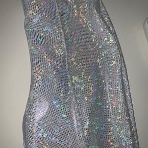 Super fede SP bukser i size 2. Aldrig brugt, da jeg ikke kan passe dem desværre...