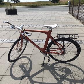 Avenue herrecykel sælges jeg har selv købt den brugt men har aldrig fået den brugt.
