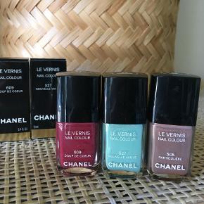 Neglelakken Coup de Coeur 609 limited edition fra Chanels forårskollektion 2014.  Der er lidt over halvdelen tilbage, og der medfølger æske.  Sælger for 165 kr. plus fragt.