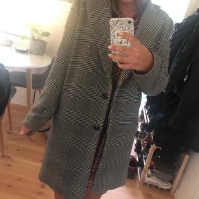 Neo noir ternet jakke  Størrelse S Nypris 1000