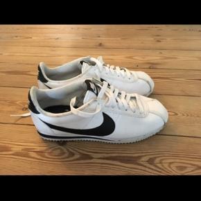 Nike Cortez - brugt få gange