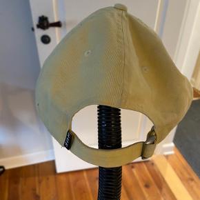 HUF cap i gul, god stand! Byd gerne!