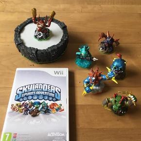 Nintendo wii Skylanders Portal med 6 figurer fremstår i flot stand Kan sendes / evt hentes Esbjerg 6715