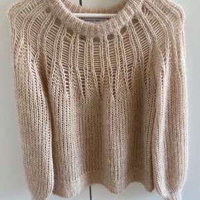 Designers Remix sweater