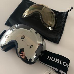 Fede ski goggle fra Hublot lavet i samarbejde med POC.   Helt nye og aldrig brugt. Alt medfølger.