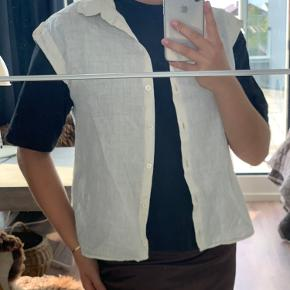 HUGO BOSS vest