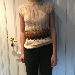Strikket retro sweater, købt i Berlin