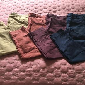 4 par bukser fra Noa Noa, alle i str. 46 - fremstår i pæn stand.  Sælges for 185 kr pr par🙂