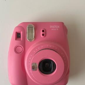 Instax mini kamera  Ikke brugt særlig meget  Ingen tegn på det er brugt