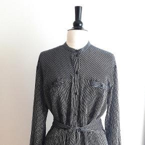 Munthe anden kjole & nederdel